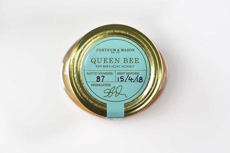 Etiketten für Honig fortnum and mason queen bee 1