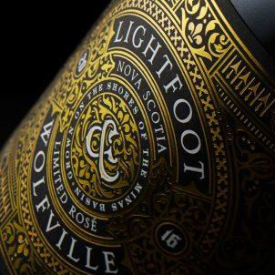 Design-Etiketten für Weine