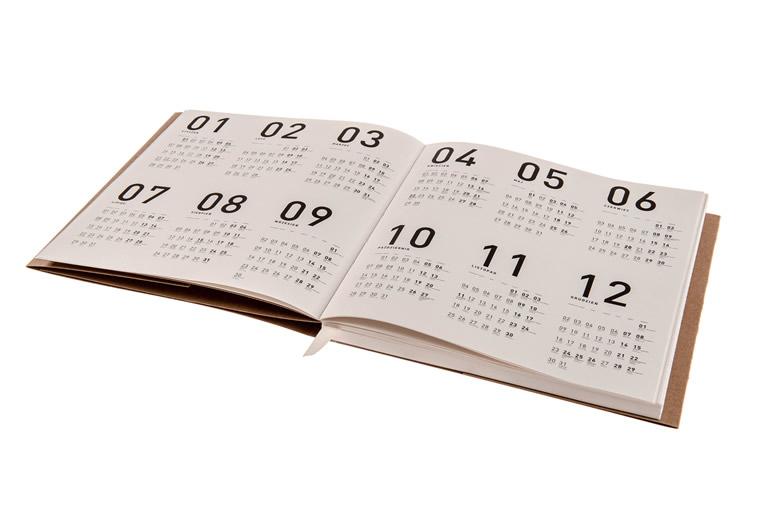 rezikliertes papier kalender design