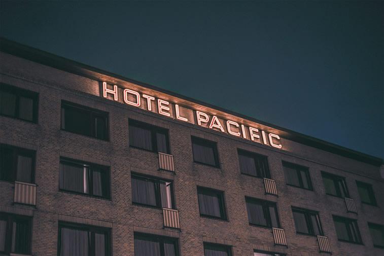 Hamburg nachts hotel pacific