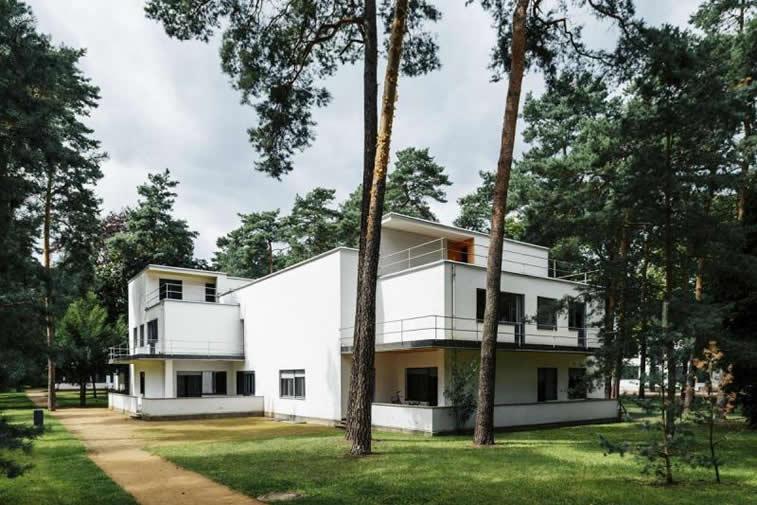 Dessau Gebaeude Bauhaus